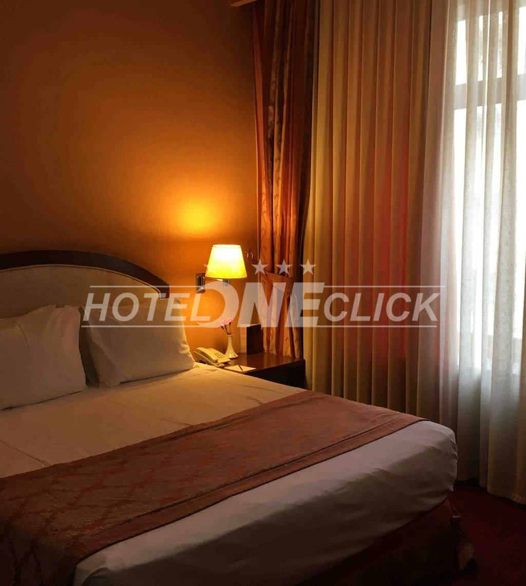 Spacious rooms at Parsian Kowsar Hotel