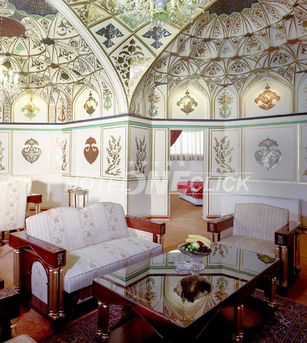Abbasi Hotel Isfahan room with perfect ceiling