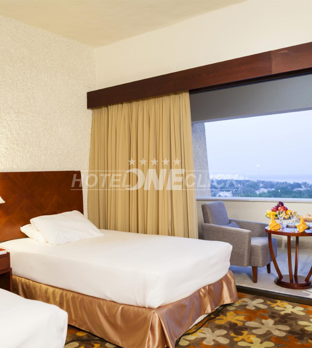 Rooms with all amenities at Shayan Hotel Kish